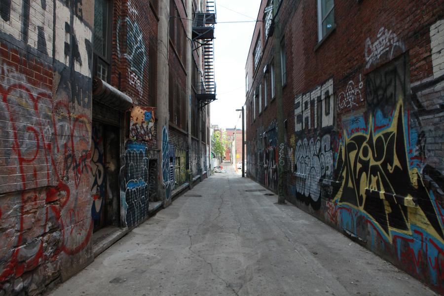 05 Ruelle St-Laurent - Capture photo 1 - Sounding the City 001 - Montréal 2015-2016